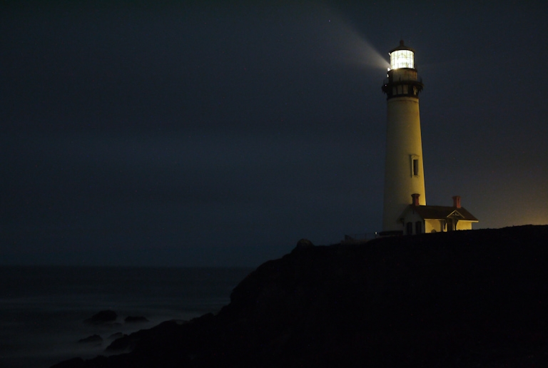 pigeon point lighthouse santa cruz night